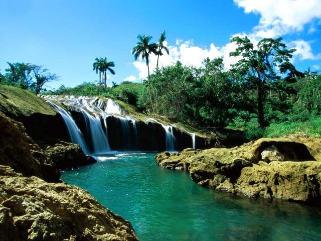 Эль Ничо водопад
