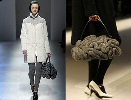 Женская обувь и сумки: ярко розовая сумка.