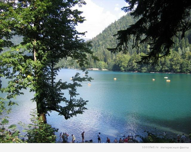 об озере Рица