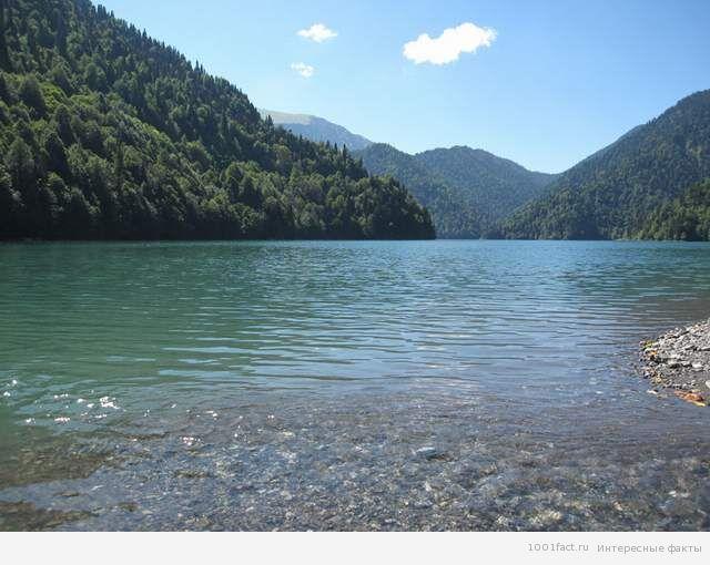Абхазии_факты об озере Рица