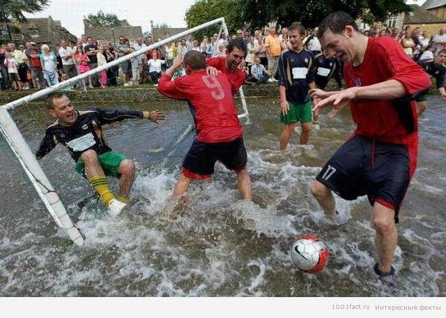 речной футбол