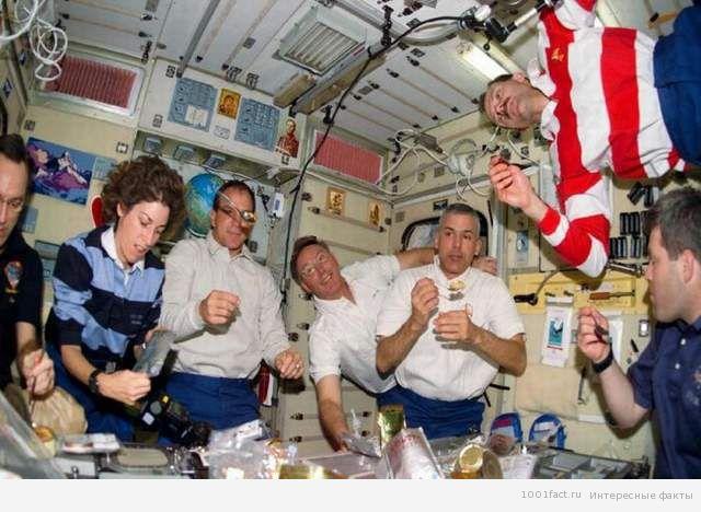 космонавты_питание