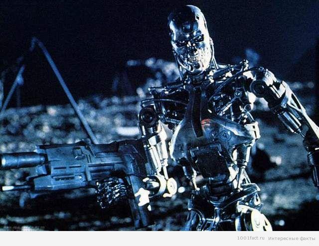 робот Т-800