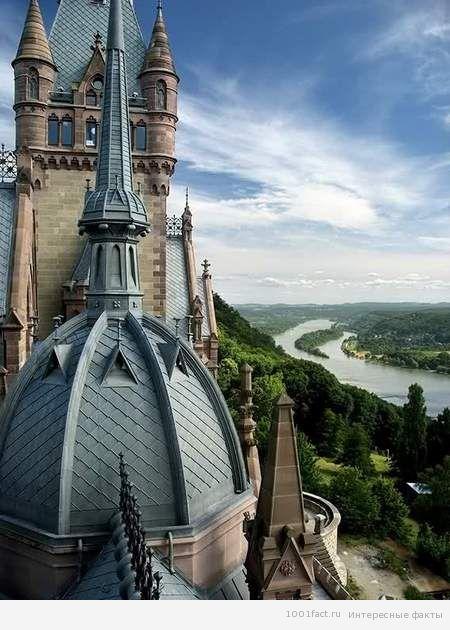 вид с замка Драхенбург