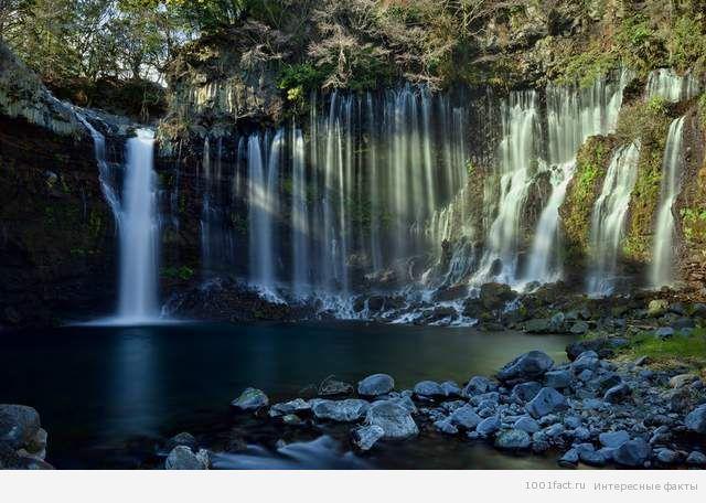 японский водопад