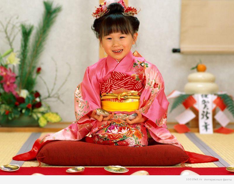 на Дне девочек в Японии