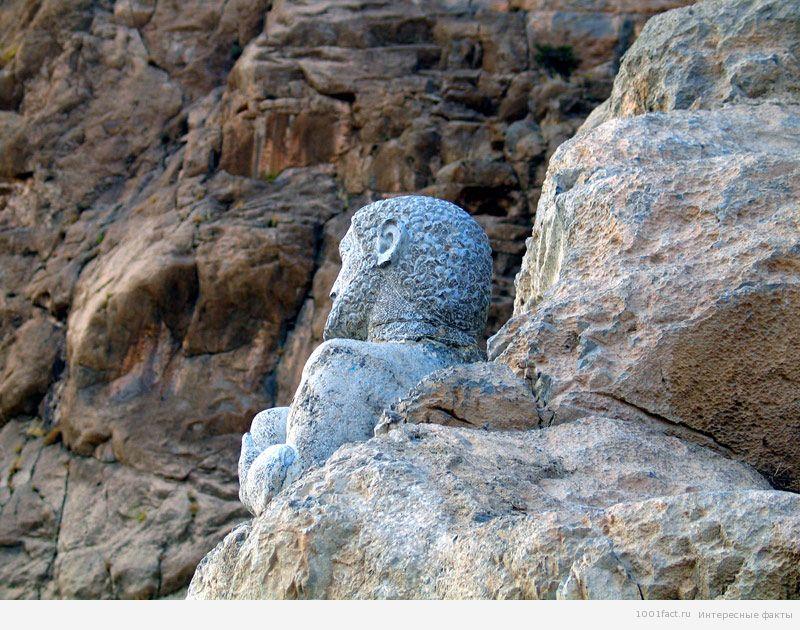 Бехистунская надпись в Иране