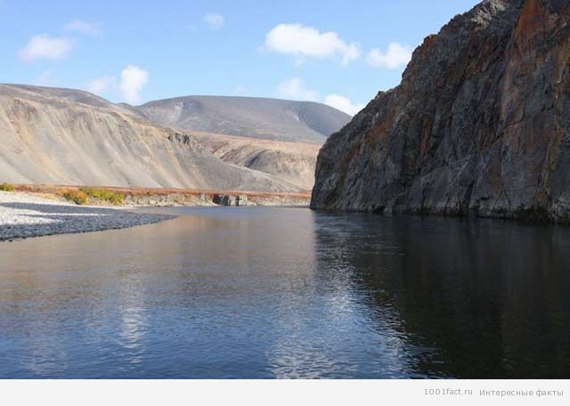 великолепное озеро Эльгыгытгын