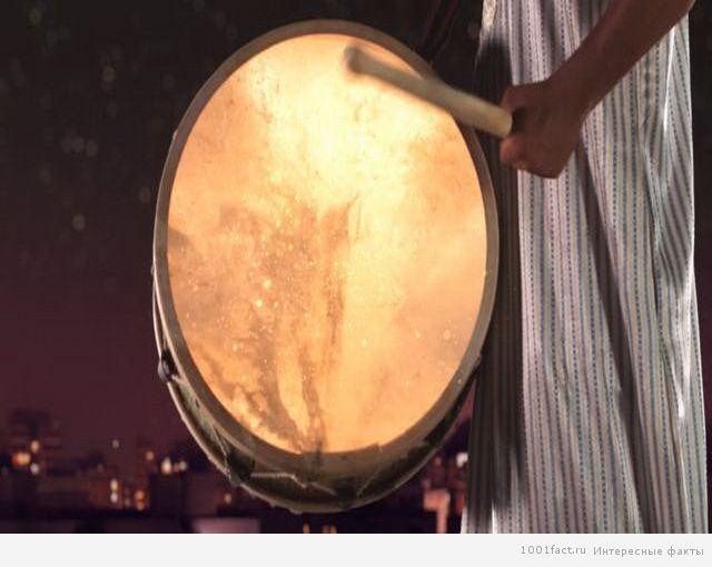 битье в барабан
